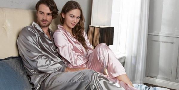 1878e34ca871 Шелковая пижама для влюбленных