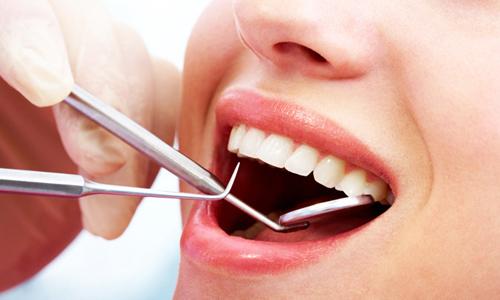 Хорошее качество за демократические цены - лечим зубы